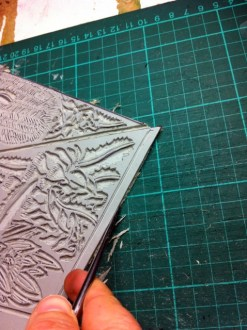 Cleaning back edges of linoblock 2
