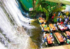 Dining -waterfall-restaurant-villa-escudero-phillippines-6-1-1