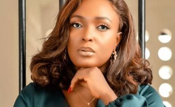 """""""I Wonder How People Especially Celebrities Spend So Much Buying Expensive Phones And Still Spend So Much Doing Photoshoot"""" Relationship Expert, Blessing Okoro Tells People Wo Don't know How To Use Expensive Phones"""