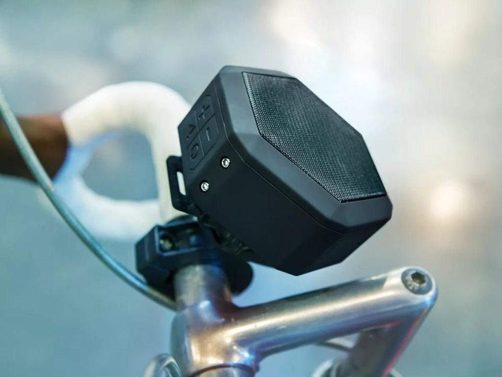 Boombotix Boombot REX Wireless Ultraportable Weatherproof Bluetooth Speaker sound