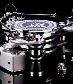 Компания Т-АРТ стала дистрибьютором проигрывателей виниловых дисков VPI (США)