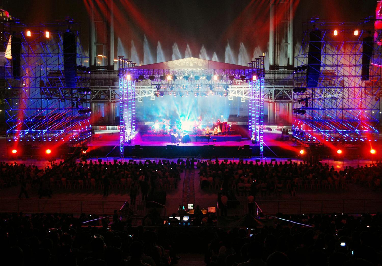 l acoustics systems used for yanni s guangzhou concert sound forums. Black Bedroom Furniture Sets. Home Design Ideas