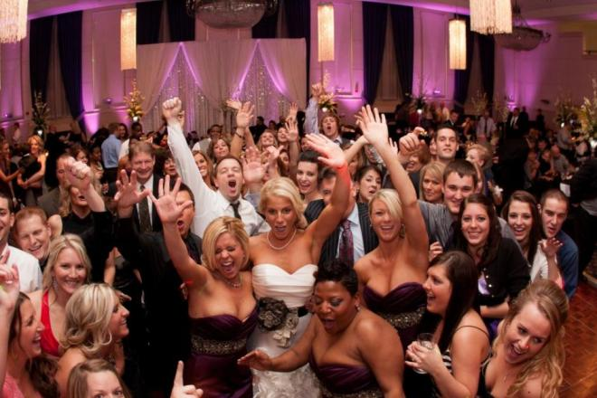 Popular-wedding-dance-songs