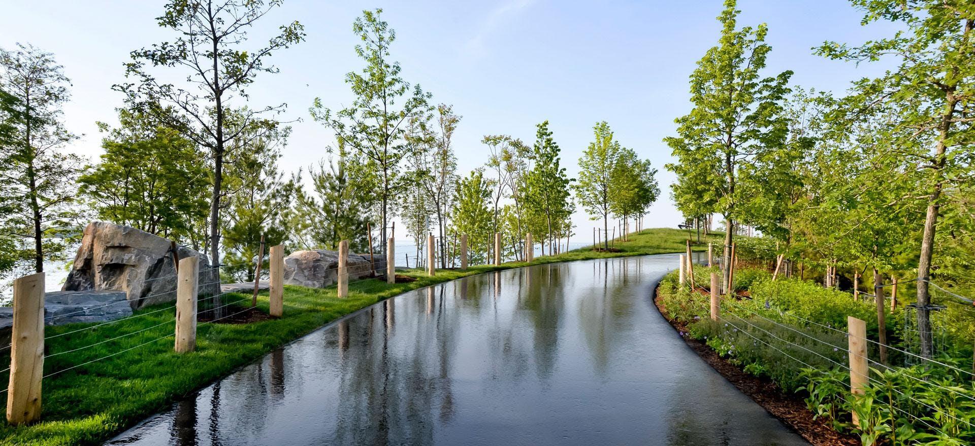 MindTravel SilentWalk in Toronto through Trillium Park