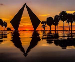 MindTravel SilentWalk in St. Petersburg, FL