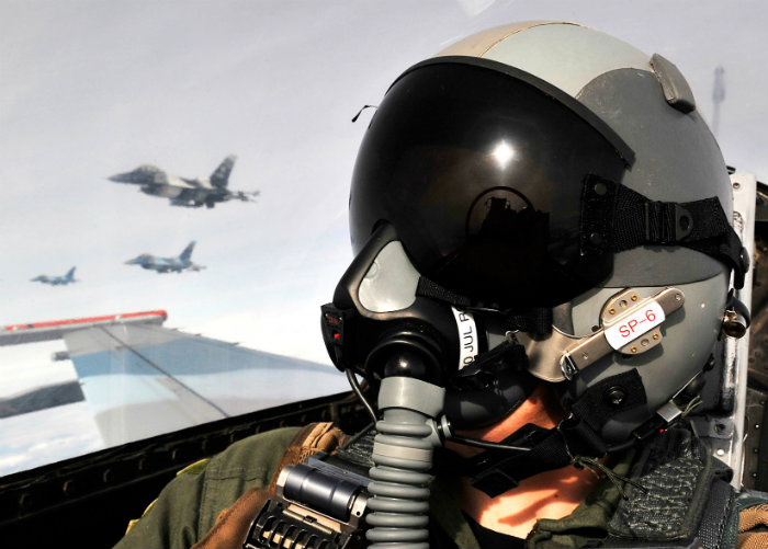If the cockpit lost pressure while the aircraft was above the Armstrong limit, even a positive pressure oxygen mask could not sustain pilot consciousness.