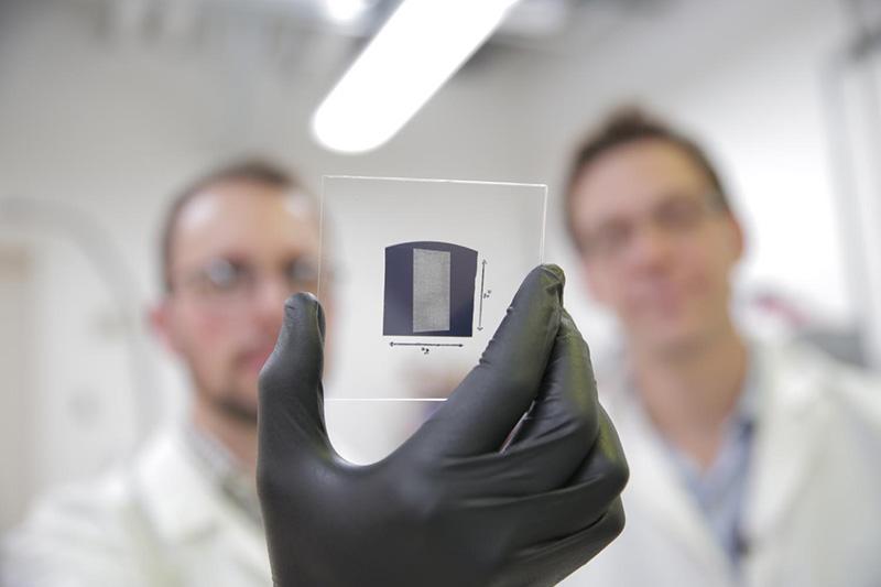 tranzistori nanotuburi