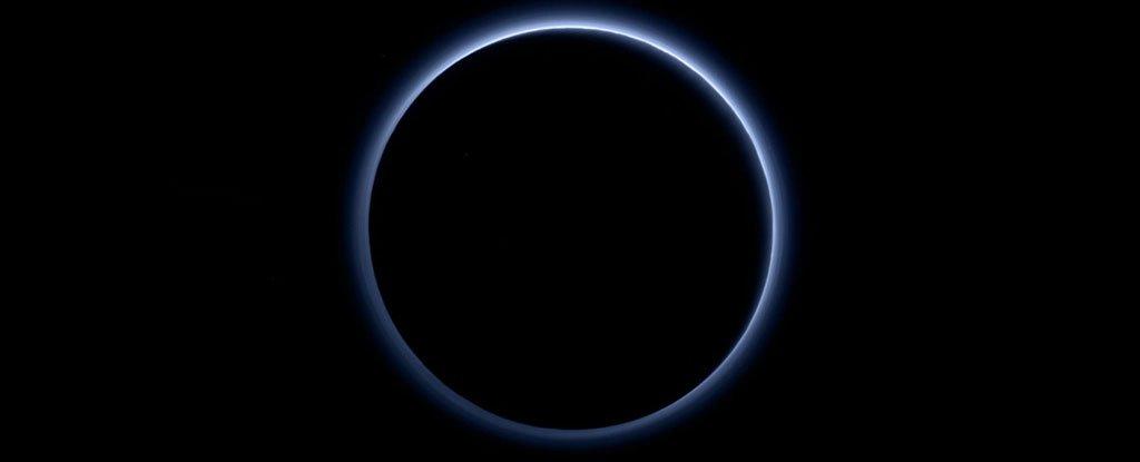 pluto eclipsa