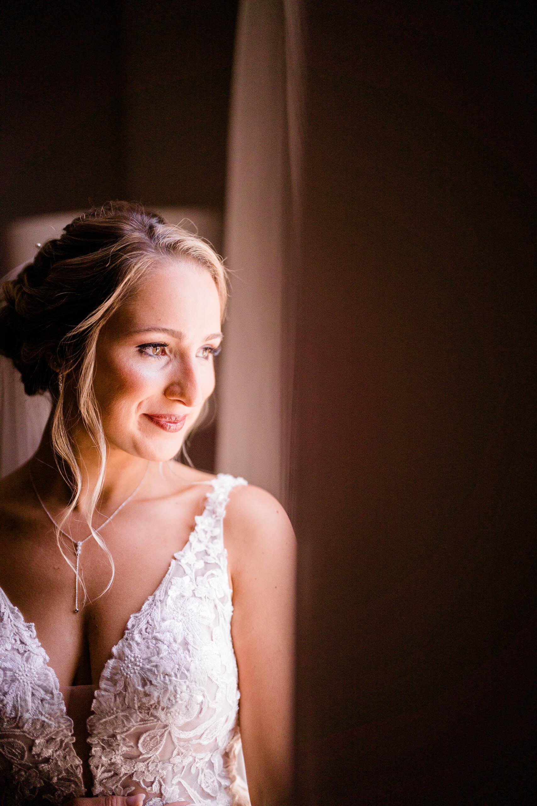 bridal portrait by seattle wedding photographer at craven farm
