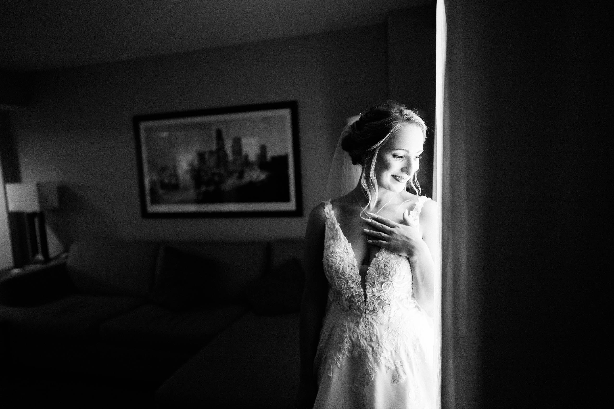 bride at craven farm in Snohomish captured by seattle wedding photographer