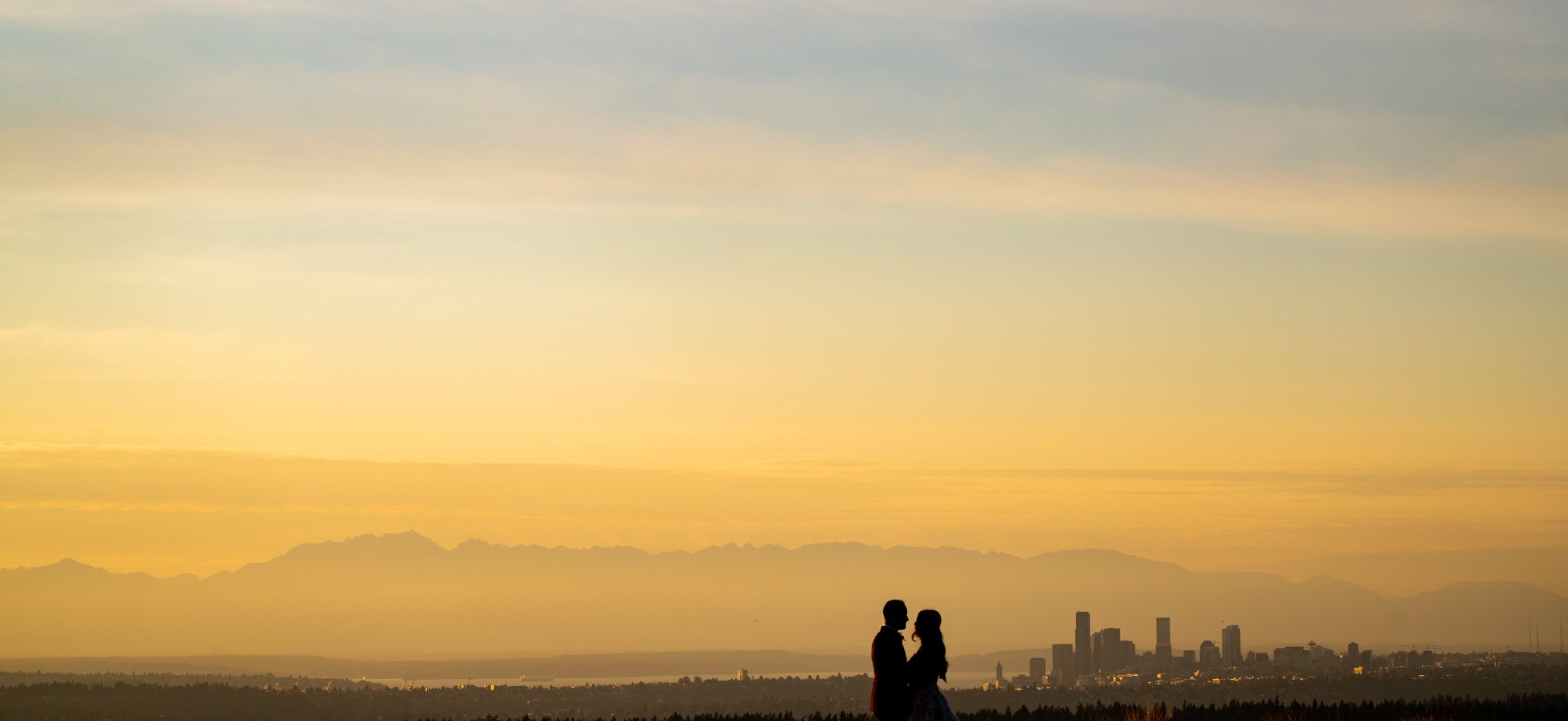 sunset couples photos at seattle wedding venue