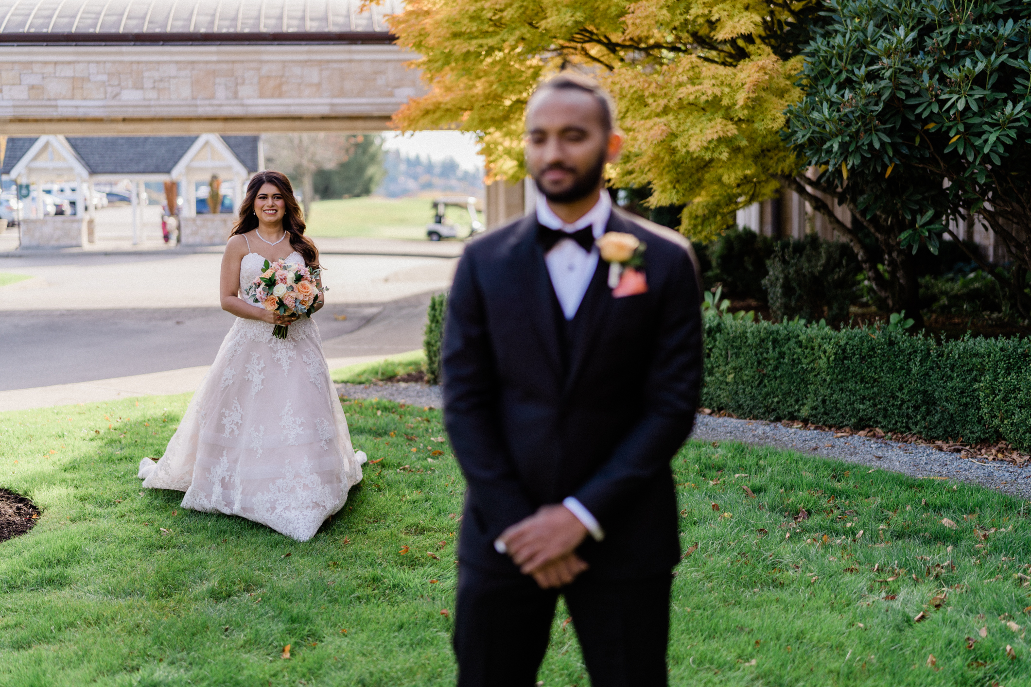 seattle wedding photographers capture first look