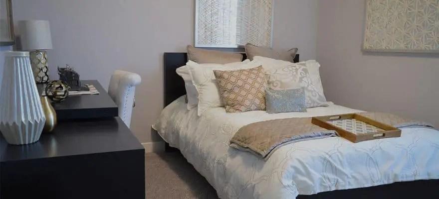 Soundproof-a-bedroom