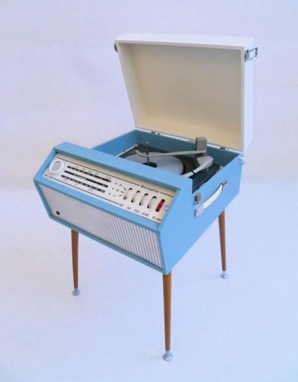 portable_recordplayer-1