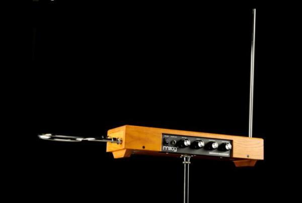 leon-theremin-2