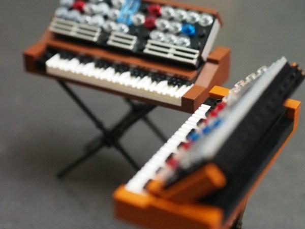 lego-moog-2