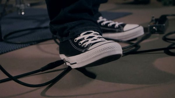the-chuck-taylor-all-wah-eyecatch