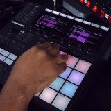 One Kit: Velvet Lounge – Making a Beat with Maschine MK3
