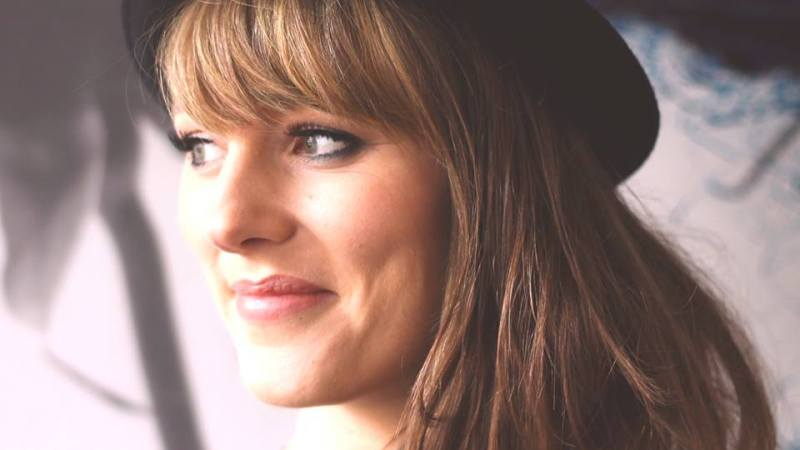 Nina Smith Music – Stuck In The Charm of Her Lyrical Voice