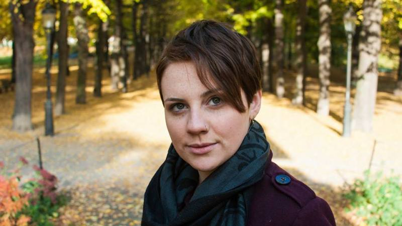 Jessica Curran – Music As Colorful As Autumn Leaves