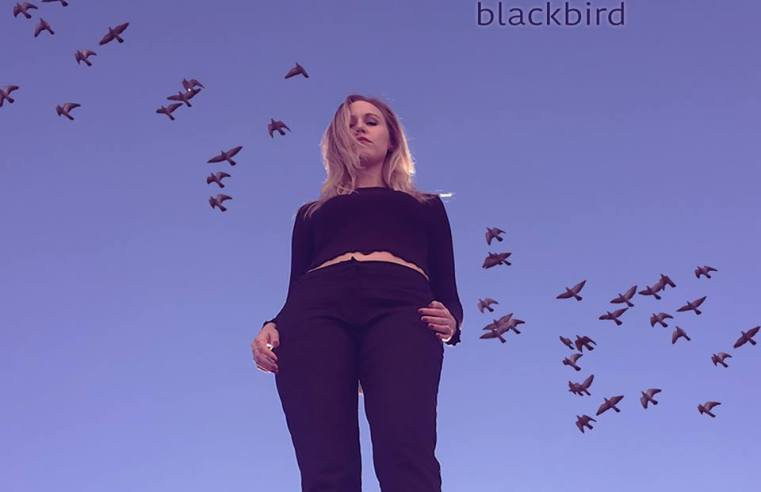 black bird henrikes Sounds So Beautiful