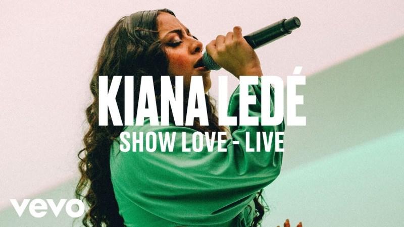 Kiana Ledé – This Is How You Handle A Live Performance