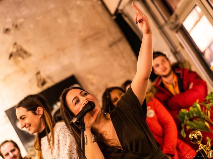 Sara Lugo – Session Authentique, En Acoustique