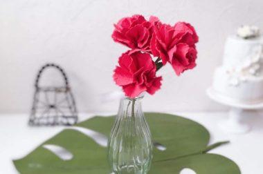 母の日に、シードペーパーの花咲くカーネーション