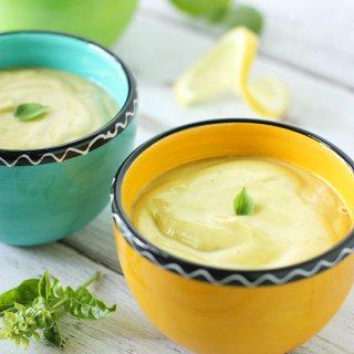 Chilled Lemon Basil Avocado Soup | SoupAddict.com
