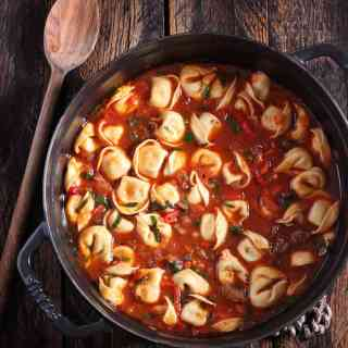 Italian Tortellini Soup | SoupAddict.com