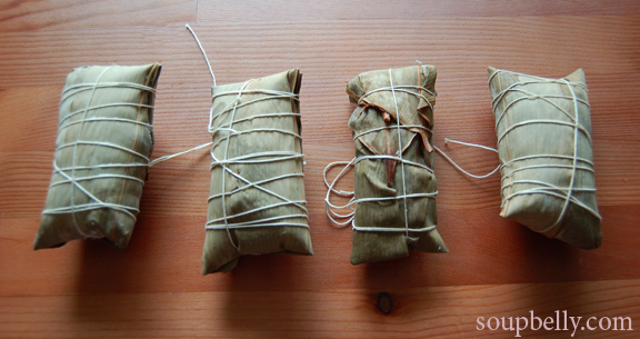 Making Zongzi for the Dragon Boat Festival, with a heartwarming story.