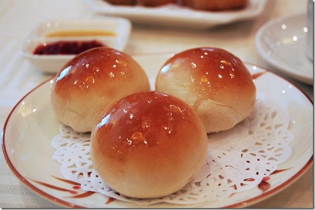 Review: Dim Sum at Sea Harbor Seafood Restaurant
