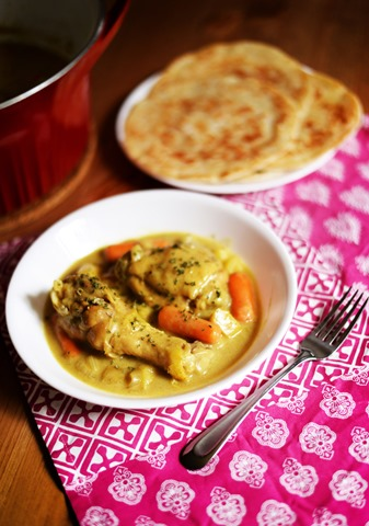 Yellow curry chicken and potatoes 1