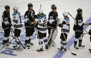 sharks-kings-handshake