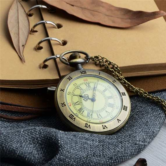 Unique Men Women Vintage Pocket Watch Roman Numerals Fob WatchGlass Dial Necklace Pendant Clock Time with Chain Character Watch 3