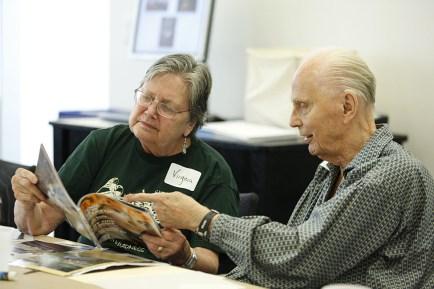 Virginia Benson (left) and her husband, George Benson, begin a KARE art-making session. (Photo: Whitney Curtis/Washington University)