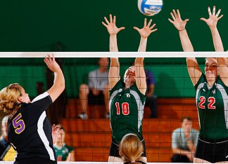 The volleyball team finished the regular season with a 31-4 overall record and an 8-2 mark in the UAA. (Whitney Curtis)