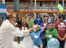 Chancellor Wrighton, a chemist by training, demonstrated to students from KIPP Inspire Academy and other area schools the magic of chemistry and how fun science can be. (Joe Angeles)