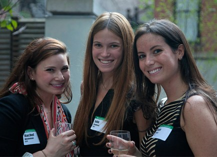Rachel Kleinman, AB '11, Julie Goldman, AB '11, and Nicole Warren, BFA '11, enjoy the young alumni event in June. (Jennifer Weisbord, BFA '92)
