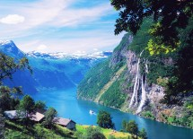 """""""Passage to the Norwegian Fjords,"""" June 10–23 (Courtesy Image)"""