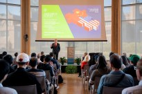 """Kishore Mahbubani, a distinguished fellow at the Asia Research Institute of the National University of Singapore, delivers the S.T. Lee Endowed Lecture, """"Has China Won?"""", for the Assembly Series on Oct. 7 in Hillman Hall."""