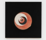 """Marcel Duchamp, """"Rotoreliefs,"""" 1935/1953/1959. Twelve offset lithographs on six cardboard disks, velvet-covered board, and electric motor. Published by Edition MAT, Paris. Courtesy of the Kunstmuseen Krefeld, Germany. © Association Marcel Duchamp / ADAGP, Paris / Artists Rights Society (ARS), New York, 2019. (Photo © Kunstmuseen Krefeld– Volker Döhne–ARTOTHEK.)"""