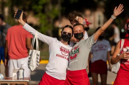 WashU scholar-champions gather Aug. 29 at Francis Olympic Field to kick off the 2021-22 athletics season. (Photo: Danny Reise/Washington University)
