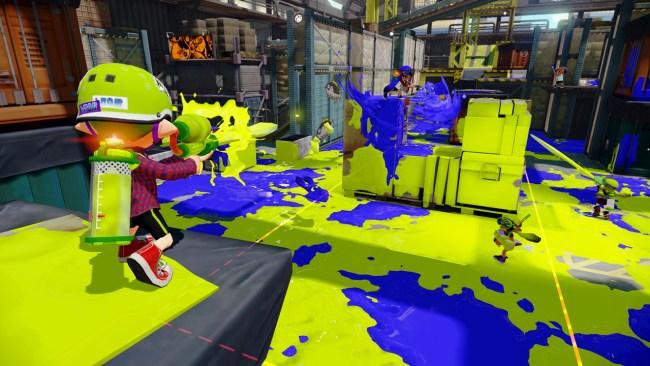 WiiU_Splatoon_323_MultiPlayer_SplatZones_Warehouse01