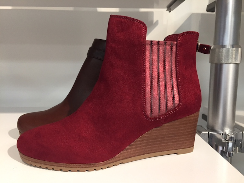The Lab boots