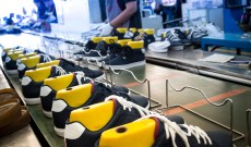 US Footwear Imports from China Falter as Vietnam's Rise in First Quarter