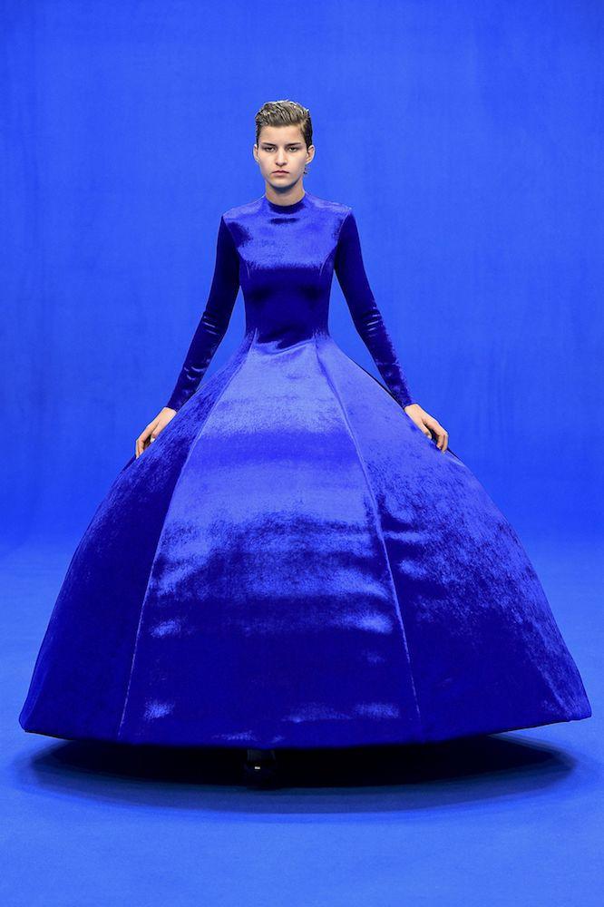 Classic Blue heats up fashion.