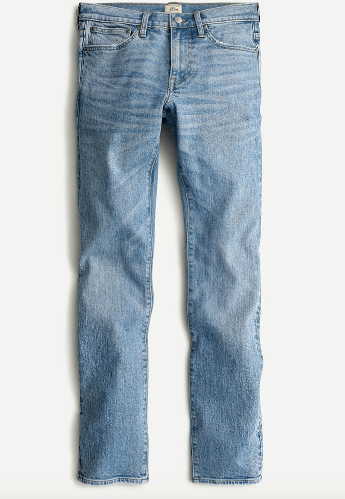 Rivet compiled a list of light wash jeans for men to accommodate the growing trend for summer 2021.