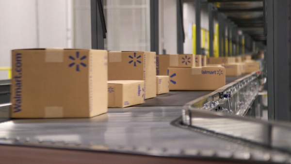 Walmart boxes fulfillment center