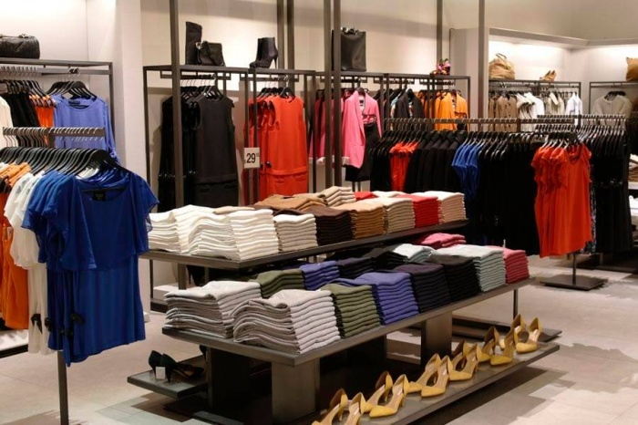 Zara technology save brick-and-mortar